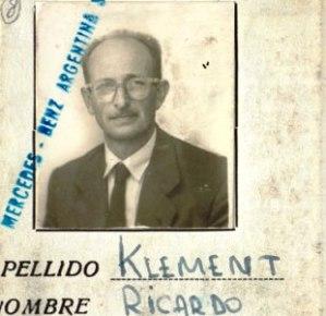 Η ψεύτικη ταυτότητα του Αϊχμαν.Ονομαζόταν Ρικάρντο Κλέμεντ. ...